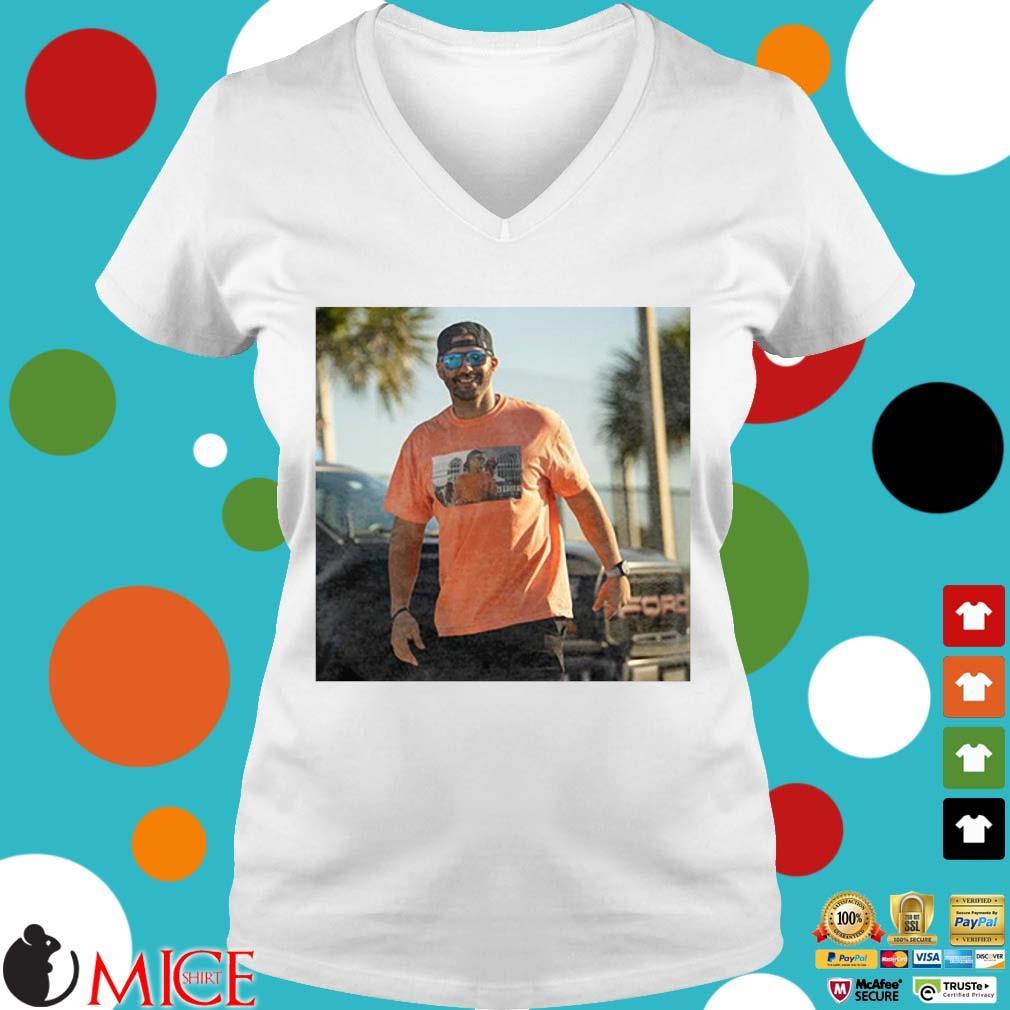 J.D. Martinez Tom Brady Drunk Shirt Ladies V-Neck trangs