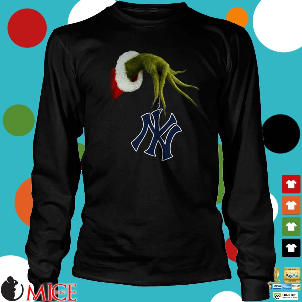 Christmas Grinch Hand Holding Yankees Shirt