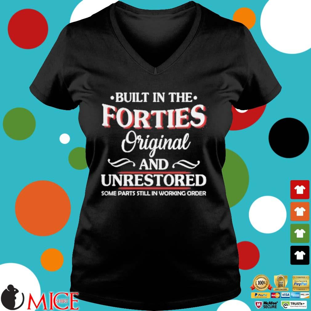 Built in the forties original and unrestored some parts still in working order s d Ladies V-Neck
